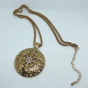 Jewelry - 🚨 5/$20 Gold pendant sweater chain